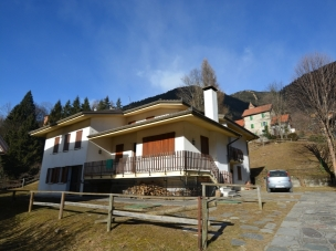 APARTMENT HOUSE DAL MORO